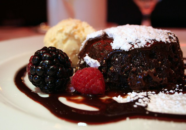 Liquid chocolate cake