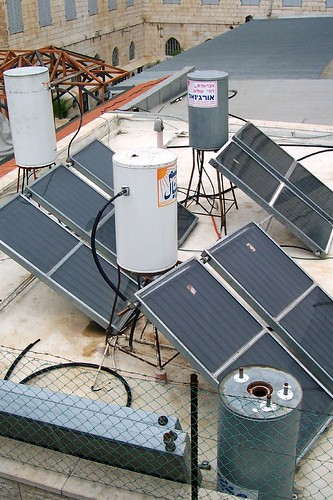 Solar hot water heaters are found on many Israeli homes | by runneralan2004
