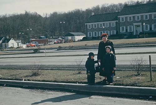 vacation kodachrome pennsylvaniaturnpike 1953 alliancetrailer midwayreststop i70i76