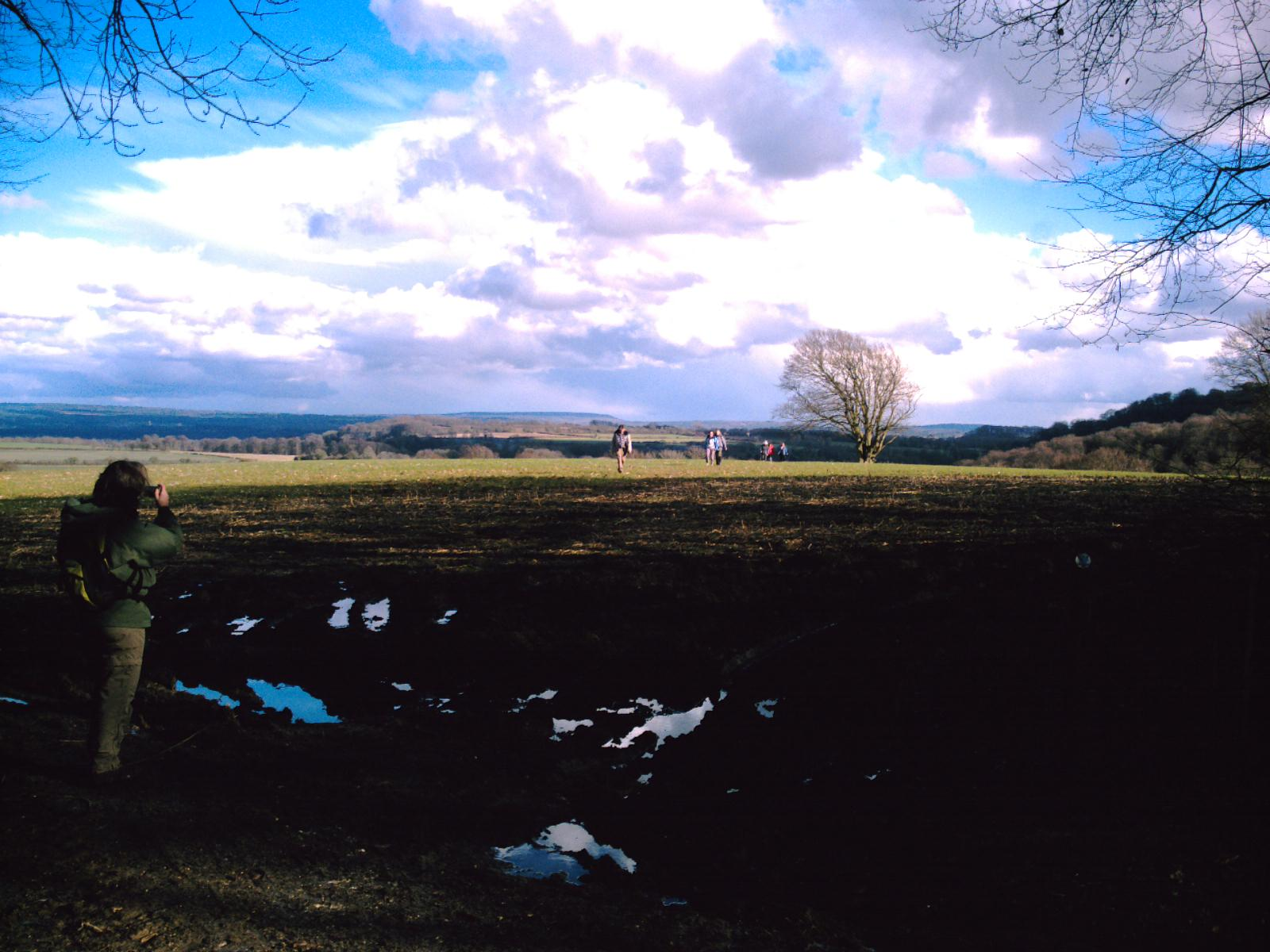 """Clouds gathering for storms on the Alton Circular walk perhaps? SNAP! The uphill """"short-cut """". D.Allen. VIVITAR 5199mp"""