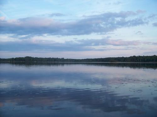 lake reflection water clouds still cabin kodak netlake