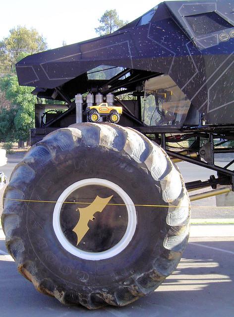 Batman Monster Truck & Tonka Truck