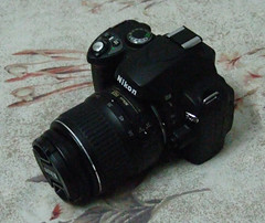 My new friend - Nikon D40 with 18-55mm lens | by Zahid Shahid