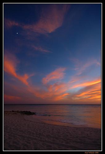 blue sunset sea fab orange moon seascape beach nature clouds landscape coast nikon d70 framed scenic azure aruba caribbean waterscape naturesfinest blueribbonwinner supershot mywinners anawesomeshot impressedbeauty superbmasterpiece diamondclassphotographer flickrdiamond