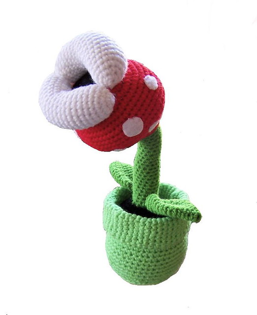I crocheted a tiny Koopa Shell from Super Mario Bros! (Blue shell ... | 640x522