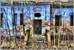 .side entrance.