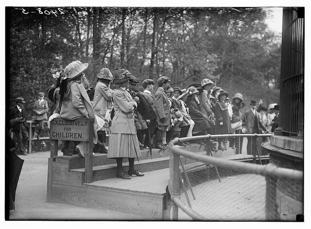 Children at N.Y. Zoo  (LOC)