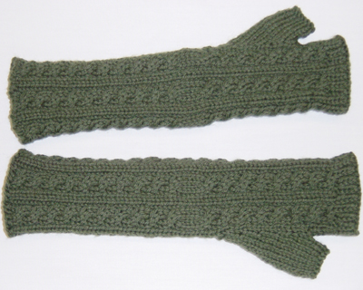 Cabled Armwarmer