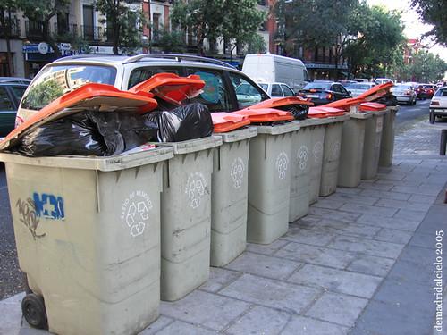 Cubos de basura en Madrid