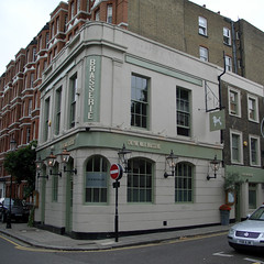 Former Haunted Pub on Cheyne Walk