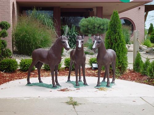 los tres caballos