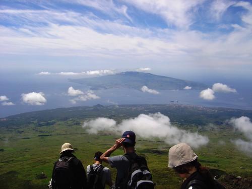 O Regresso, com a ilha do Faial ao fundo – foto da Sofia