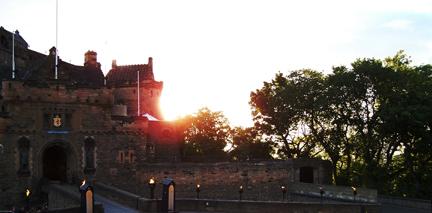 castle sun UP