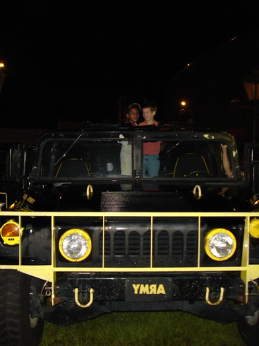 Look how fun! Army hummer!