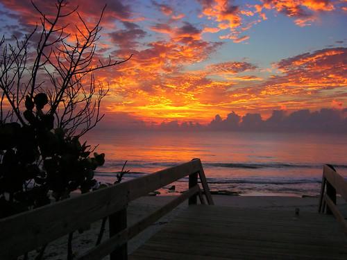 seascape beach water clouds sunrise landscape ilovenature outdoors florida melbourne brevard canova indialantic beachesandoceans