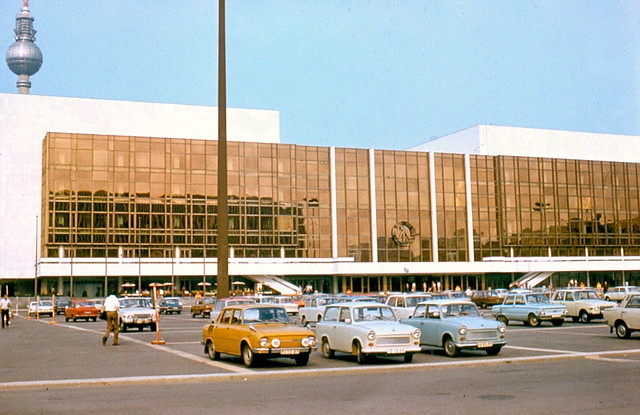 Palast der Republik, Summer 1977