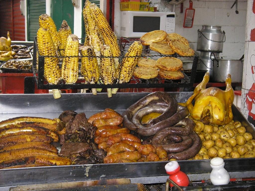 Resultado de imagen para fritanga colombia