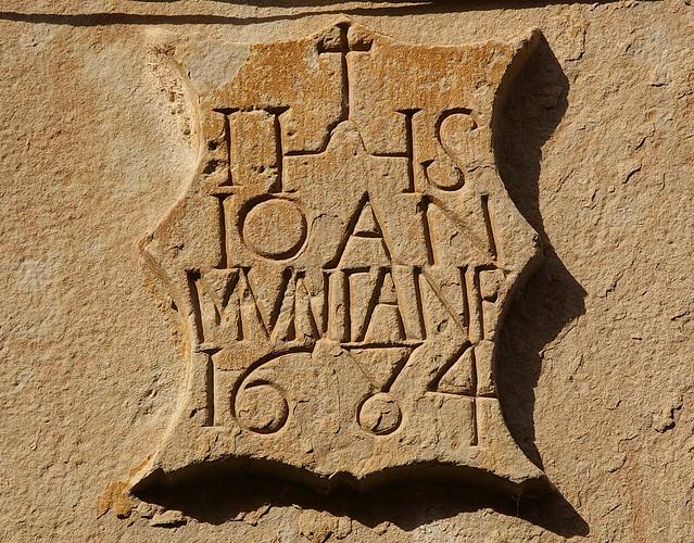 Llinda / Stone lintel
