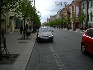 CHV238 (car on cycle lane)