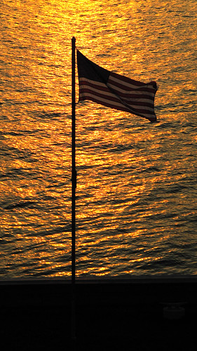sunset usa ny flag hudsonriver rhinecliff thearch1