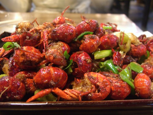 香辣小龙虾 Spicy Mini Freshwater Lobsters -Tastes of Dai stall, Huguoqiaotou Snack Centre | by avlxyz