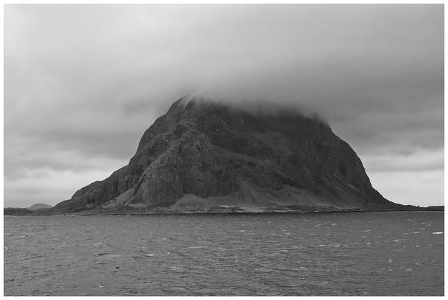 Mountain Norskehesten-Island Alden