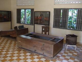Waterboard, Table, Barrel   by waterboardingdotorg