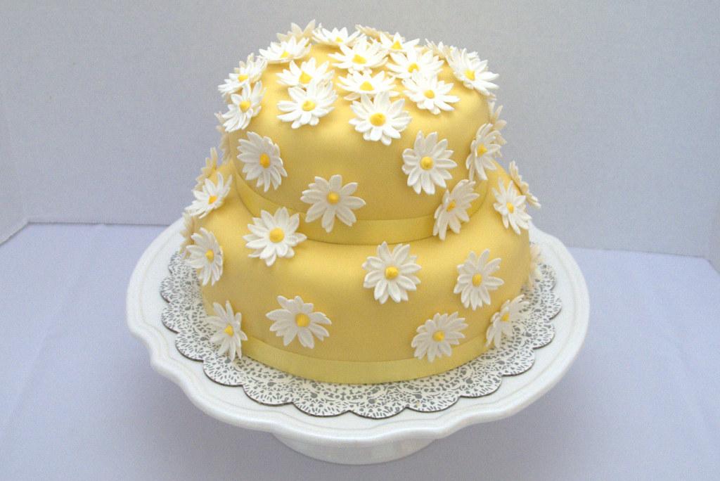 Admirable Daisy Flower Birthday Cake Edible Flower Hand Made Flickr Funny Birthday Cards Online Alyptdamsfinfo