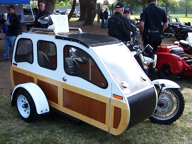 Triumph w:sidecar 1.jpg