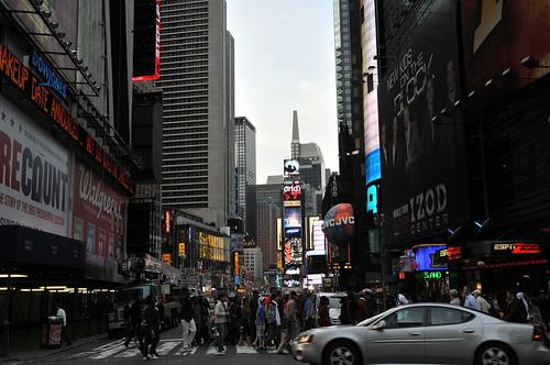 2008-05-11   02 Times Square - 07 | by bewarenerd