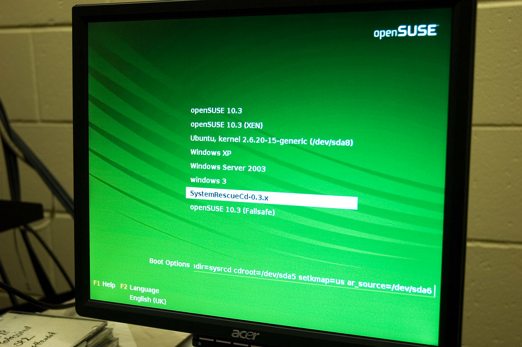 openSUSE 10 3 | Finally, a distro that works on the new Inte