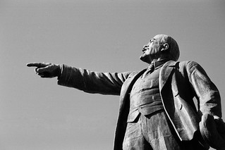 Vladivostok - Lenin pointing Japan | by christophandre