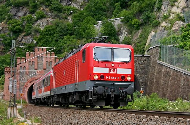 DB Regio 143 644-3 Lorely Tunnel