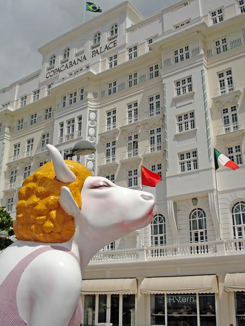Cow Parade no Copacabana Palace