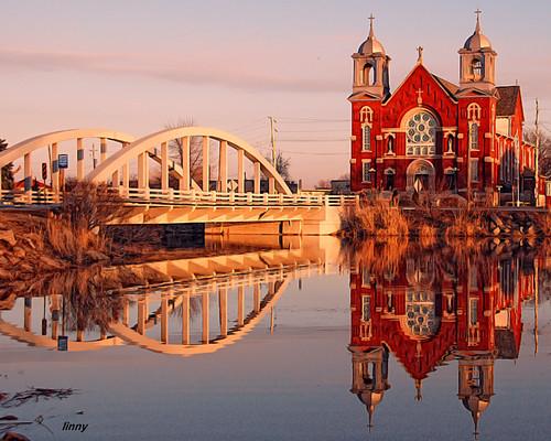 bridge ontario reflection church photoshop essexcounty border historic steeple ineffable stjosephschurch rivercanard nikond80 nikcoloreffex fccwinner mmmilikeit