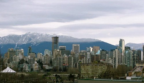snow line today (downtown Vancouver view from Kits)