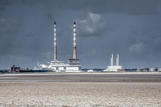 DUBLIN PORT AREA AND PIGEON HOUSE [ AS SEEN FROM BOOTERSTOWN STATION TEN YEARS AGO]-125066