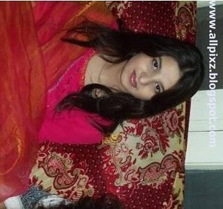 Pakistani very girls beautiful Very Beautiful