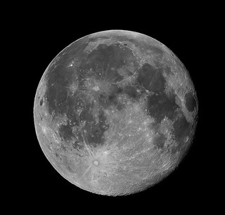 Full Moon with Tamron SP 200-500mm f/5.6 | by cooltouch