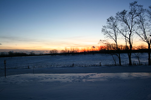 sunset sky cold color colour nature clouds digital canon landscape geotagged eos rebel photo dusk hampton winterscene xti 400d fishcloud giltennant