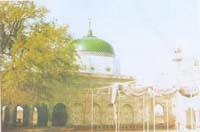 CHISHTIAN :: DARBAR BABA TAJ UL DIN SARWAR | A view of Darba
