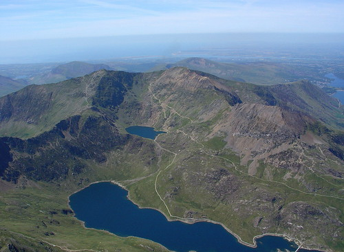 Sun, 16/07/2006 - 13:42 - Snowdon Horseshoe from base, Pic - Pete Bursnall