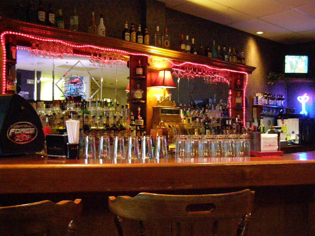 Towne Billiards, Hamden, CT - The Bar