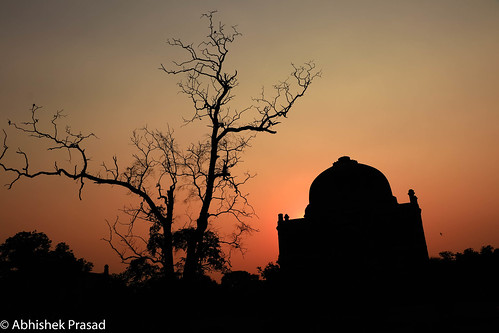 silhouette sunset sunrise orange canon canon80d natgeo lodhi garden lodhigarden landscape travel architecture monument