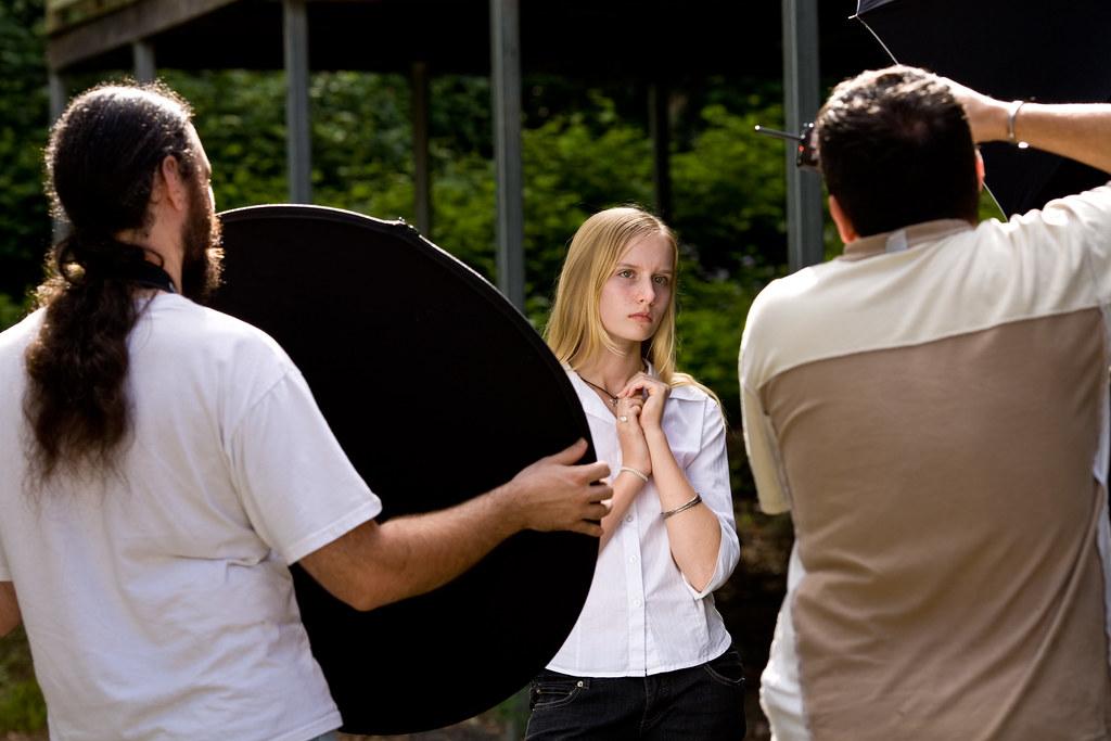 Image: Kara Portrait Session: Behind the Scenes #1