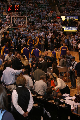 Los Angeles Lakers Warming Up | by CharleyMarley