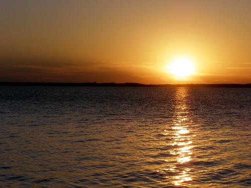 sunset sky lake reflection water texas lakerayroberts