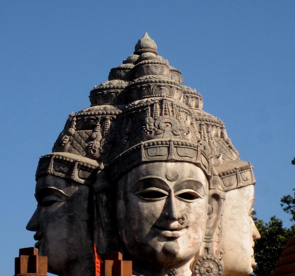 Shree Yantra Temple - Amarkantak | Photographs : Ajaytao The