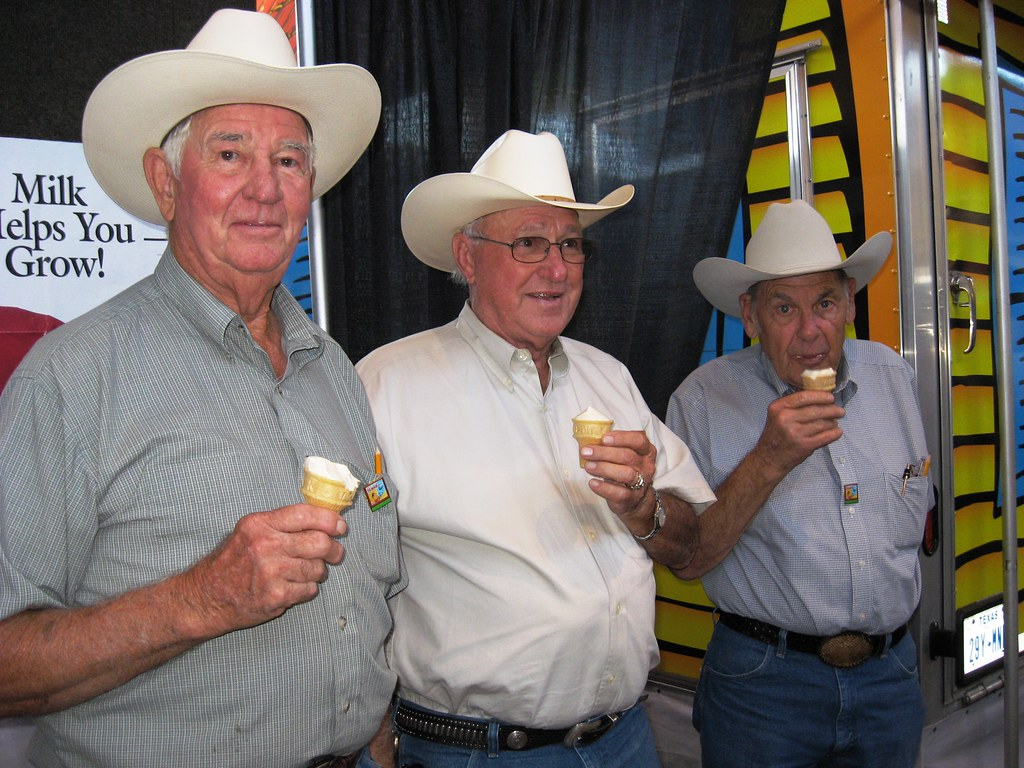 Real Texans Wear Hats The Rapidly Disappearing Texas Unifo Flickr