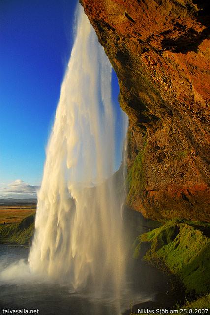 Iceland Seljalandsfoss